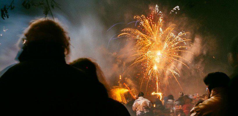 Lassen Sie es mit Feuerwerk an Silvester richtig krachen