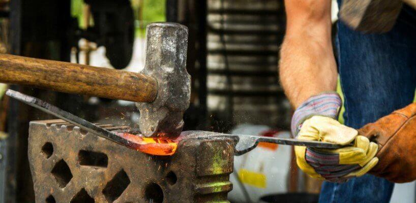Berufsunfähigkeitsversicherung zu teuer? Für Handwerker und Co. gibt es Alternativen!