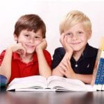 Bild_Schülerversicherung kinder lernen